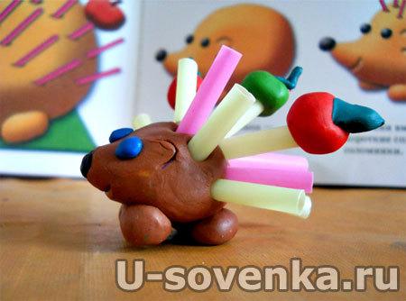 Поделка (Лепка) из пластилина - Ежик