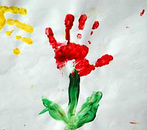 Рисунки детей отпечатками рук
